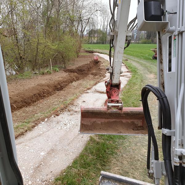 Kanalgrabung Wasserleitungsbau Erdbau